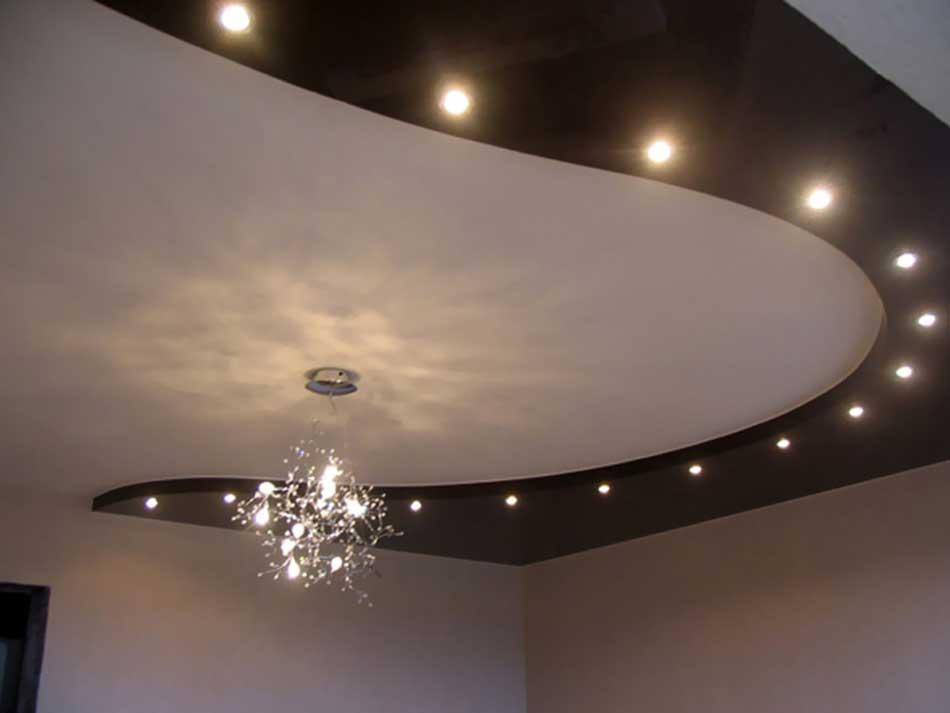 svetilniki-potolkov-v-interere