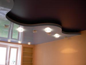 Какой натяжной потолок лучше матовый или глянцевый?