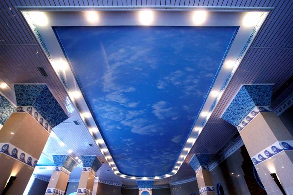 Светильники для натяжных потолков в интерьере