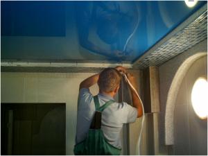 монтаж натяжного потолка своими руками
