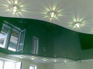 Отзывы о глянцевых натяжных потолках