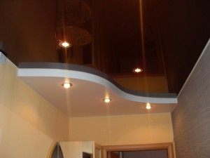 натяжные потолки на кухне отзывы